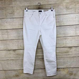 NYDJ AMi Skinny Ankle Optic  White Stretchy Jeans